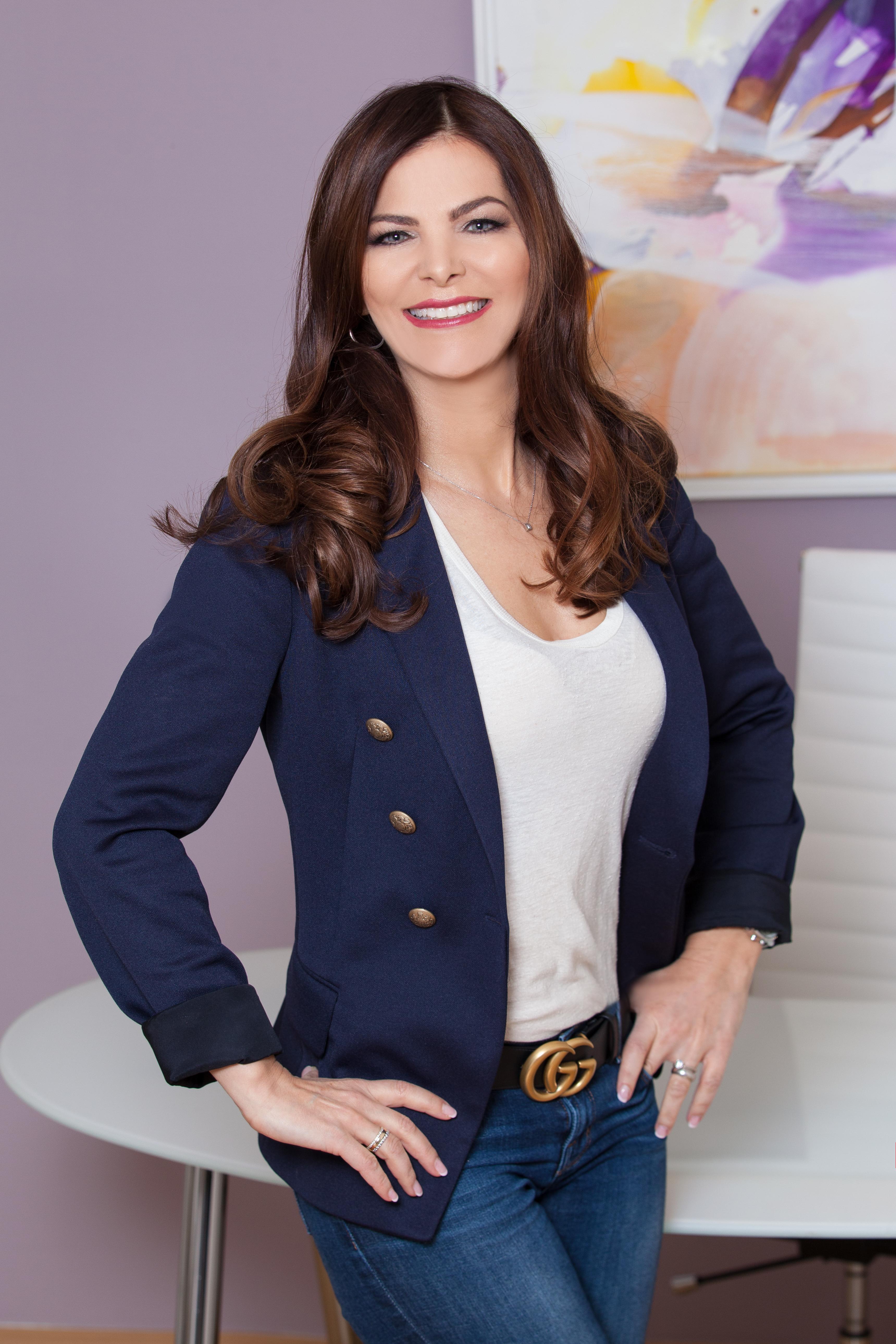 Dr Sheila De Liz